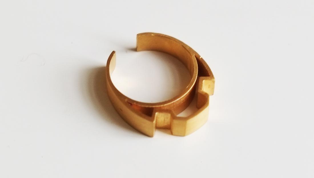handmade golden ring by Shelanu